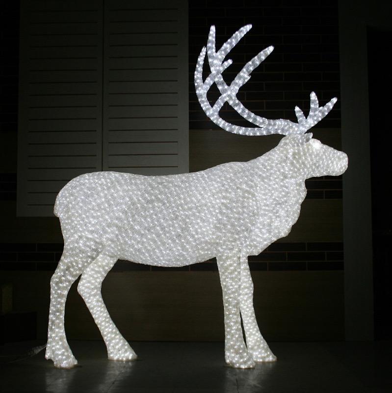 Олень с рогами 3D, белый, 11 м